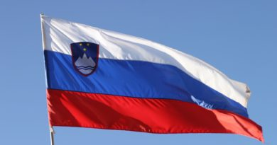 Slovenska_zastava