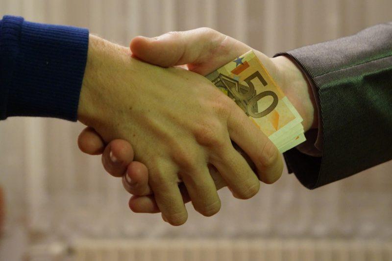 euri iz ruke u ruku mito