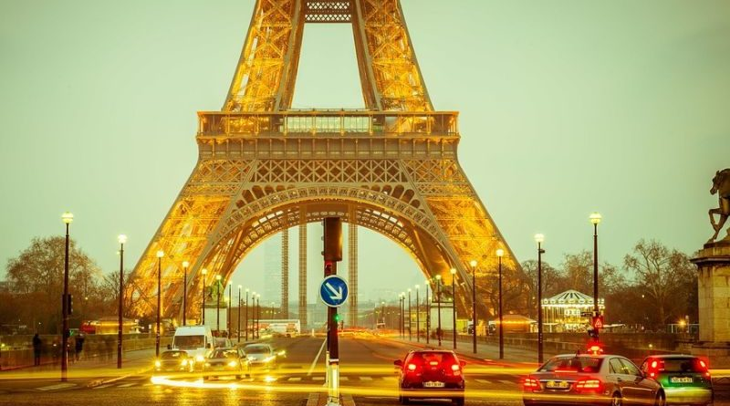 eiffel-tower pariz