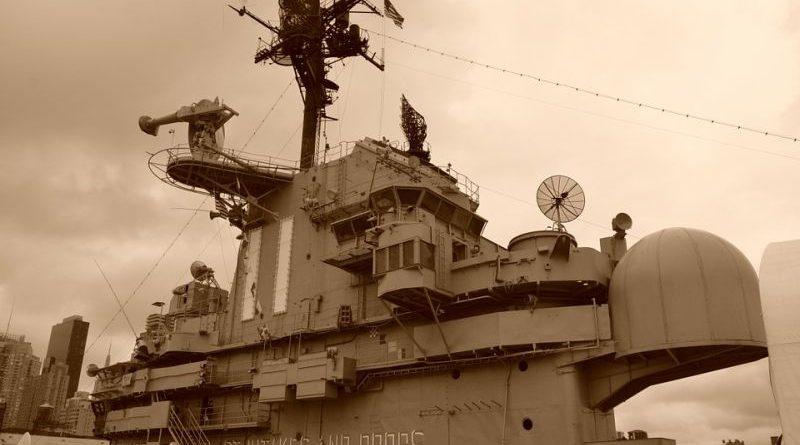 warship-647398_960_720