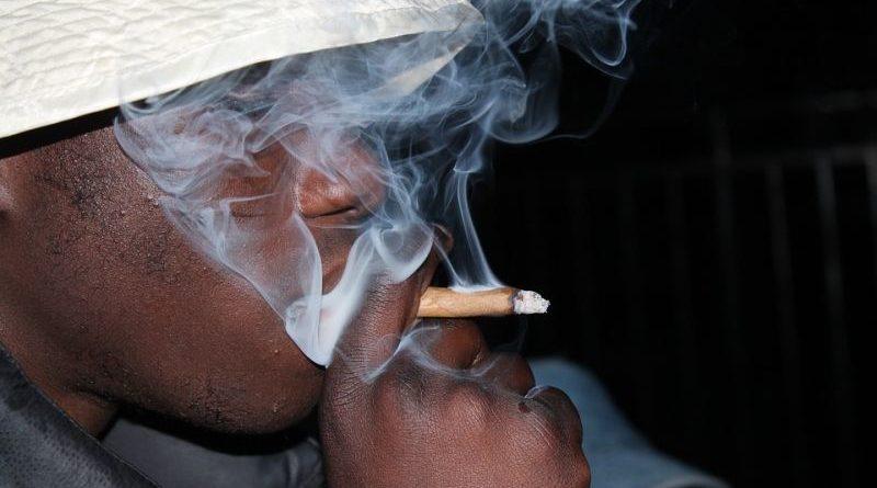 smoke marihuana
