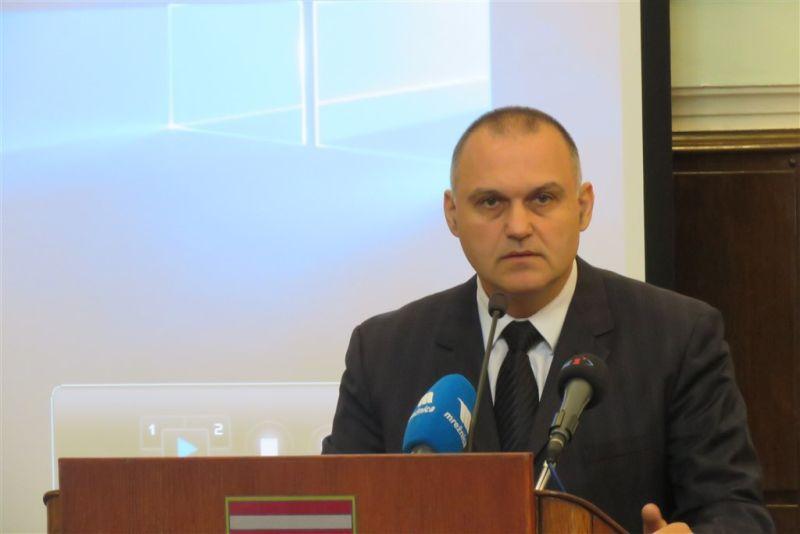 Damir Jelić ist