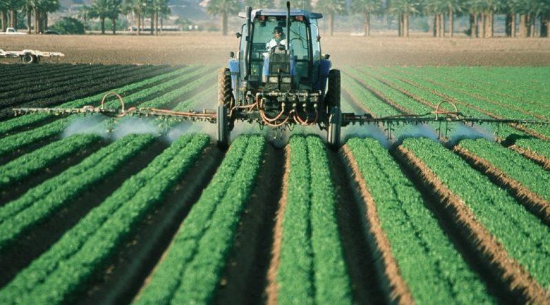 farmer-tractor-agriculture-farm-field-machine
