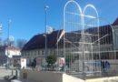 Uoči Božića centar grada u novom ruhu – stigli novi ukrasi, pri kraju radovi u Vitezovićevoj, Šipuševoj i Šebetićevoj