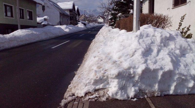 neočišćen snijeg ist