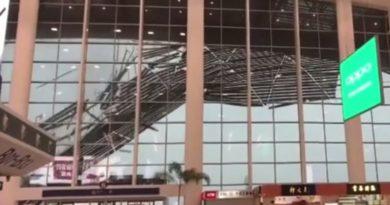 Aerodrom srušen krov