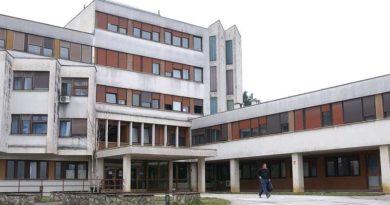 Zaraženo dijete iz ogulinske bolnice prebačeno u Zagreb, u samoizolaciji  9 djelatnika pedijatrije