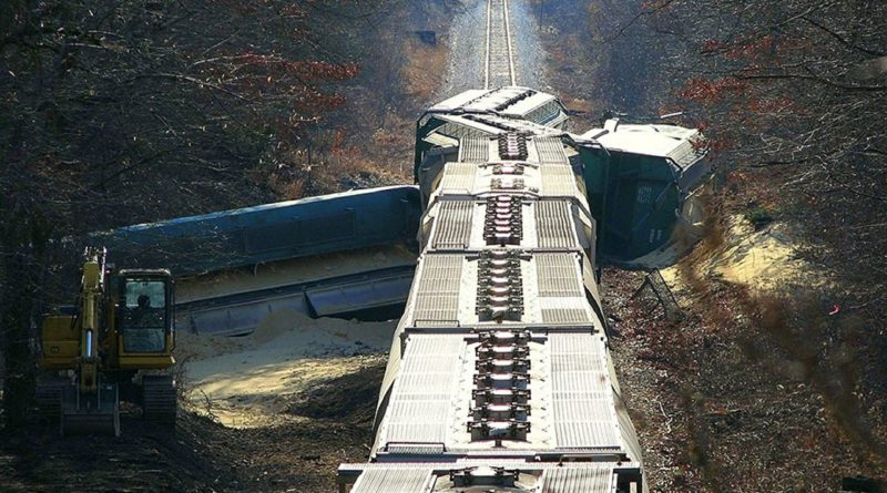 train-crash-396263_1280