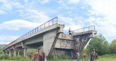 Donje Krajince ljestve preko mosta