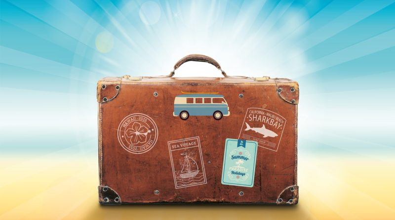 luggage-1149289_1920-300x200