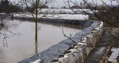 poplava-vatrogasci-logoriste-vreće