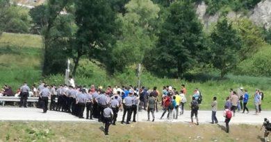 Više stotina migranata pokušava ući u RH: 'Situacija izmiče kontroli!'