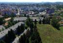 Stanari zgrade u Luščiću žale se na rojeve stršljena koji se gnijezde u napuštenoj i devastiranoj vojarni