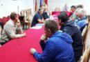 Potpisani ugovori za javne radove-12 nezaposlenih dobilo posao