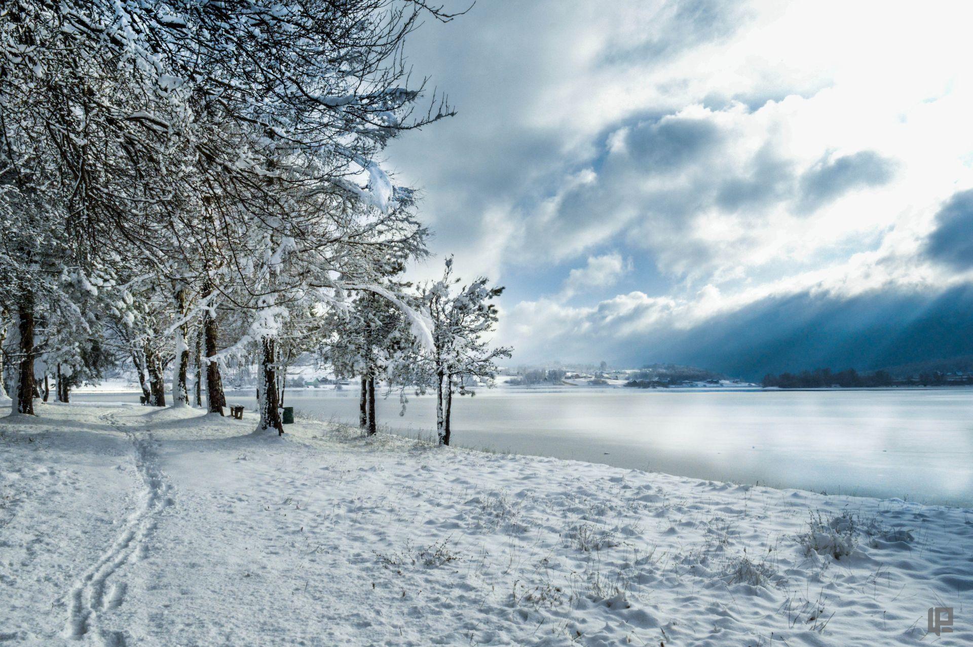 Lorena zima jezero