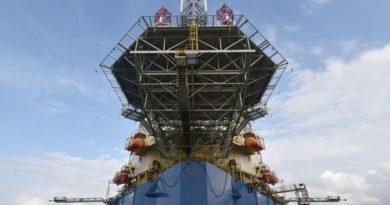 naftna platforma ist