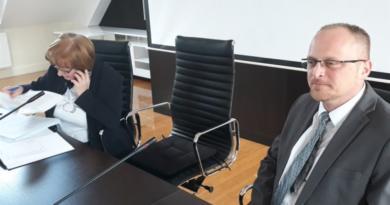 prazna stolica