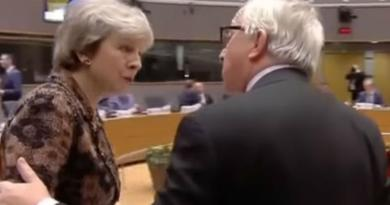 Britanska premijerka žestoko napala Junkera: 'Kako si me to nazvao jučer, je li to istina!?'