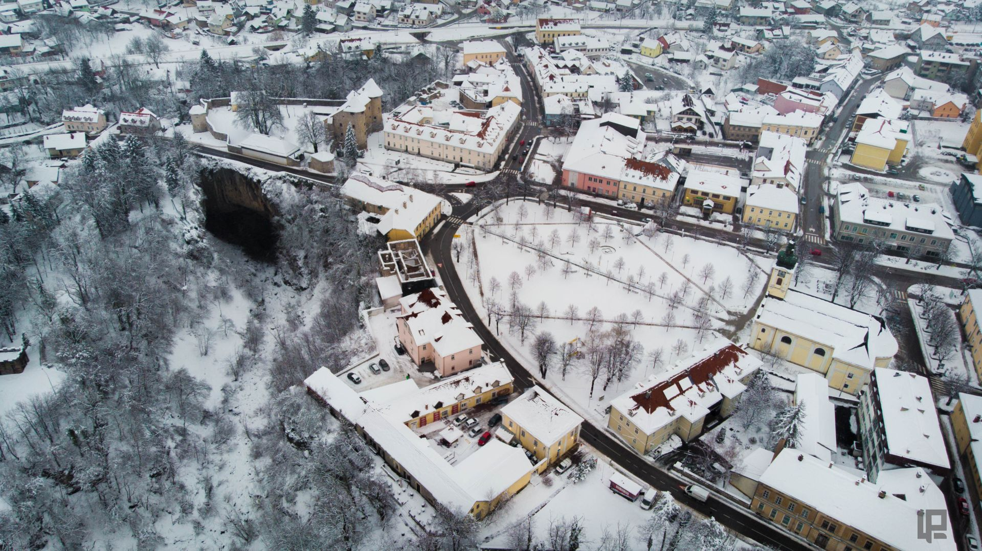 Lorena snijeg grad v