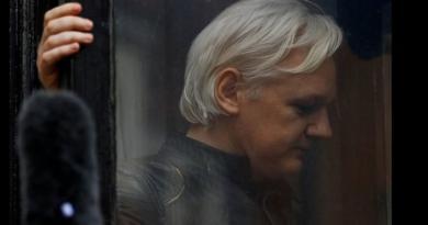 Assange na sudu u Londonu, odbijen zahtjev za odgodom