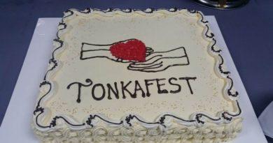 tonka fest torta