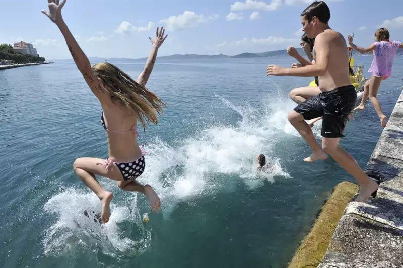 škola ferija kupanje more ist
