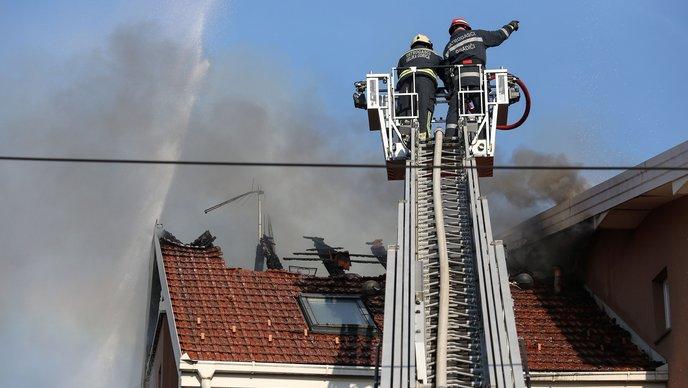 požar kuća