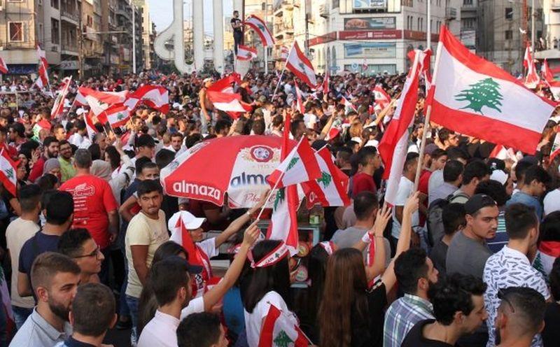 Neviđeni prosvjedi u Libanonu vode do promjena