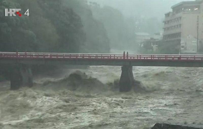 tajfun japan ist