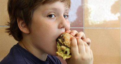 djeca jedu