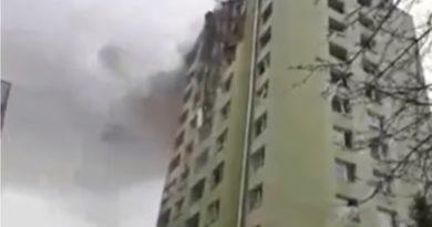 Nestvarne snimke iz Slovačke, vatra i dalje guta višekatnicu, najmanje petero mrtvih