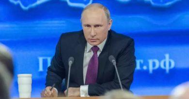 Putin upozorio na nedostatak opreme za masovnu proizvodnju cjepiva protiv COVID-a