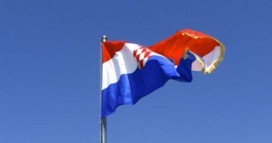 zastava-660x439
