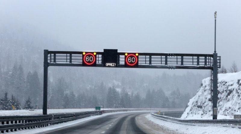 Autocesta snijeg