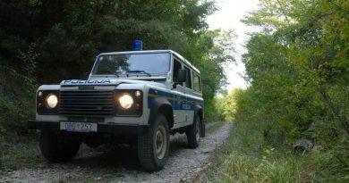 policija zelena_granica_vozilo