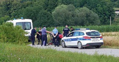 U BiH, uz granicu s Hrvatskom, pronađene migrantske obitelji s više od 100 djece