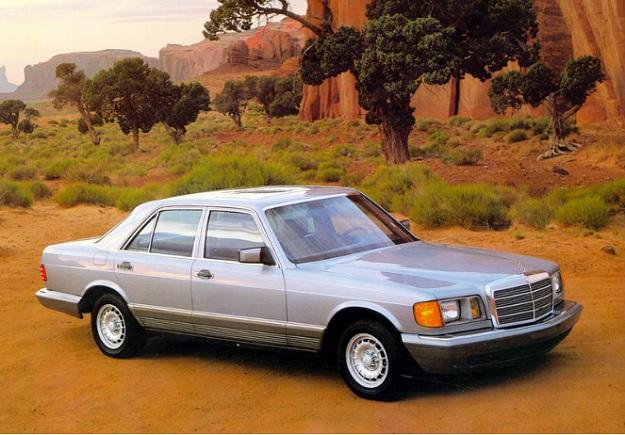 Mercedes-Benz-300-SD.jpg