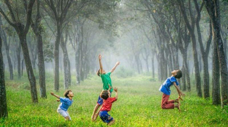 djeca igra vedrana rudan ist