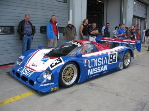 Nissan-1990-a.jpg