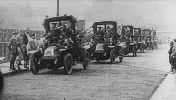 Pariski-taksi-1914.jpg