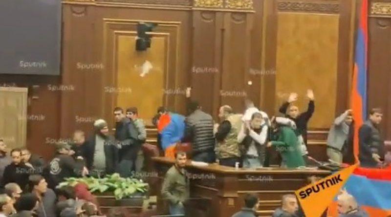 armenija parlament nered ist