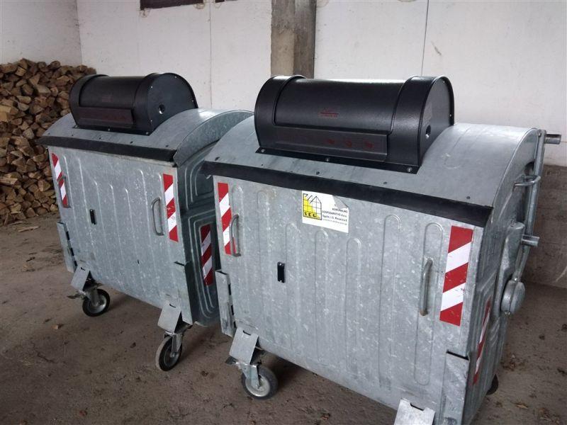 kontejner s otpadometrom ist