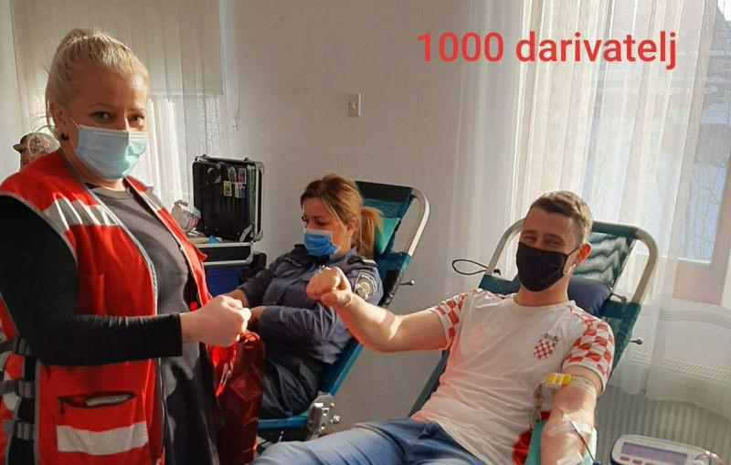 1000 darivatelj ist