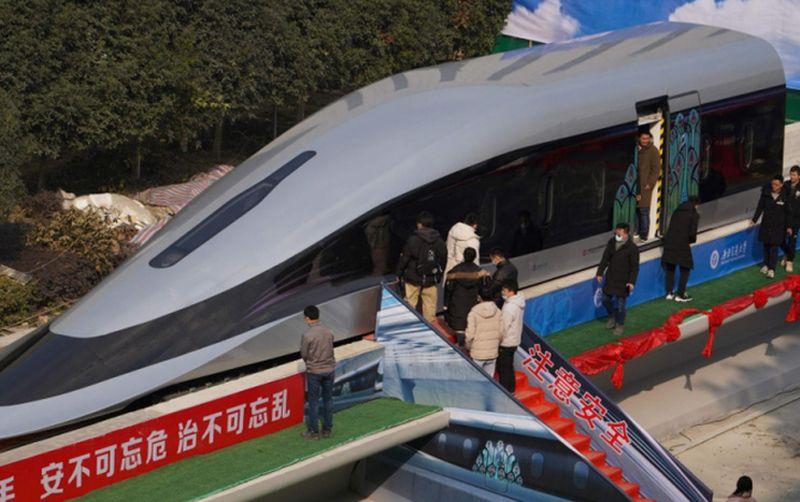 kineski prototip super brzog vlaka ist
