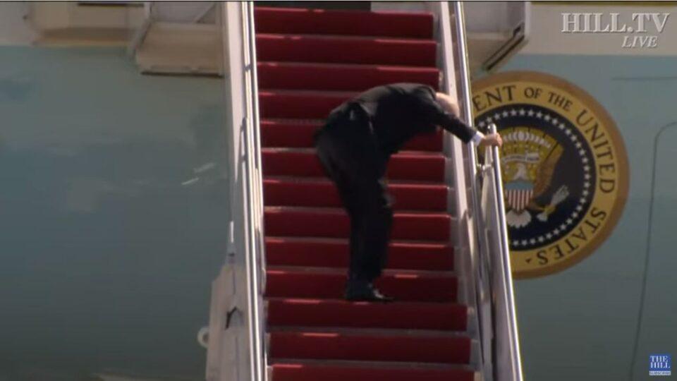 Biden na avionu